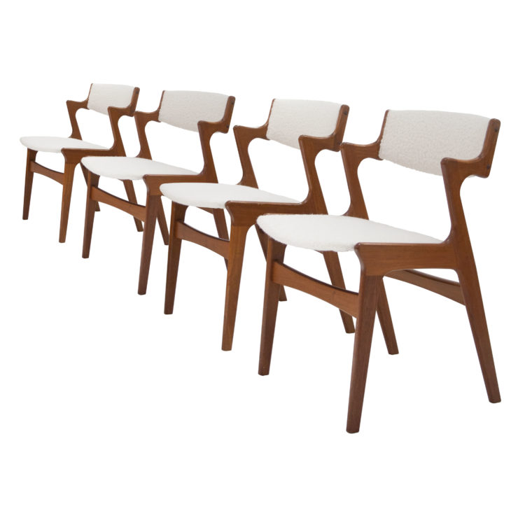 Conjunto de 4 sillas estilo Kai Kristiensen roble y boucle