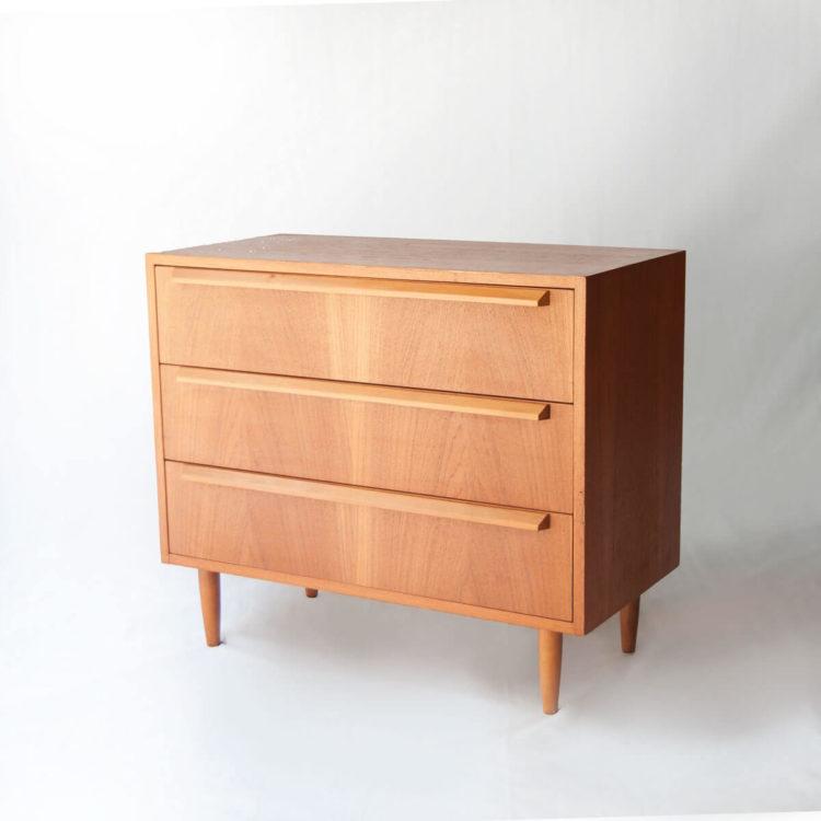 Mobiliario-Vintage-Madrid-Comoda-Suecia-1960-IKB21300013A