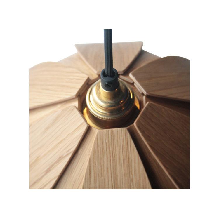 IKB19220048-Lámpara-en-madera-de-nogal-2