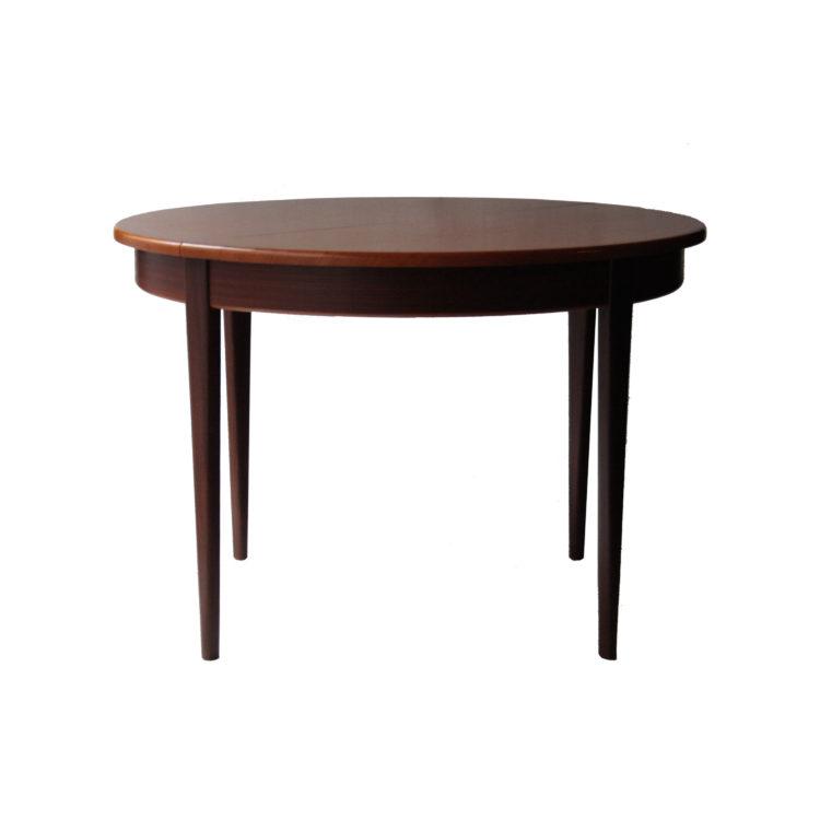 IKB20250032 Mesa de comedor redonda de madera de palisandro, extensible. Italia, 1950-1