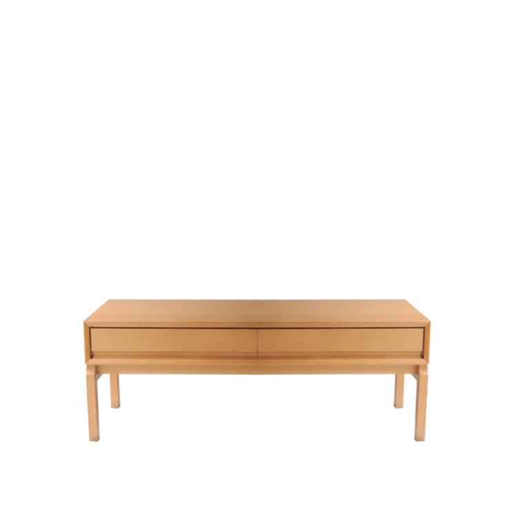 IKB20250046 Mueble bajo auxiliar de madera de roble macizo biselado